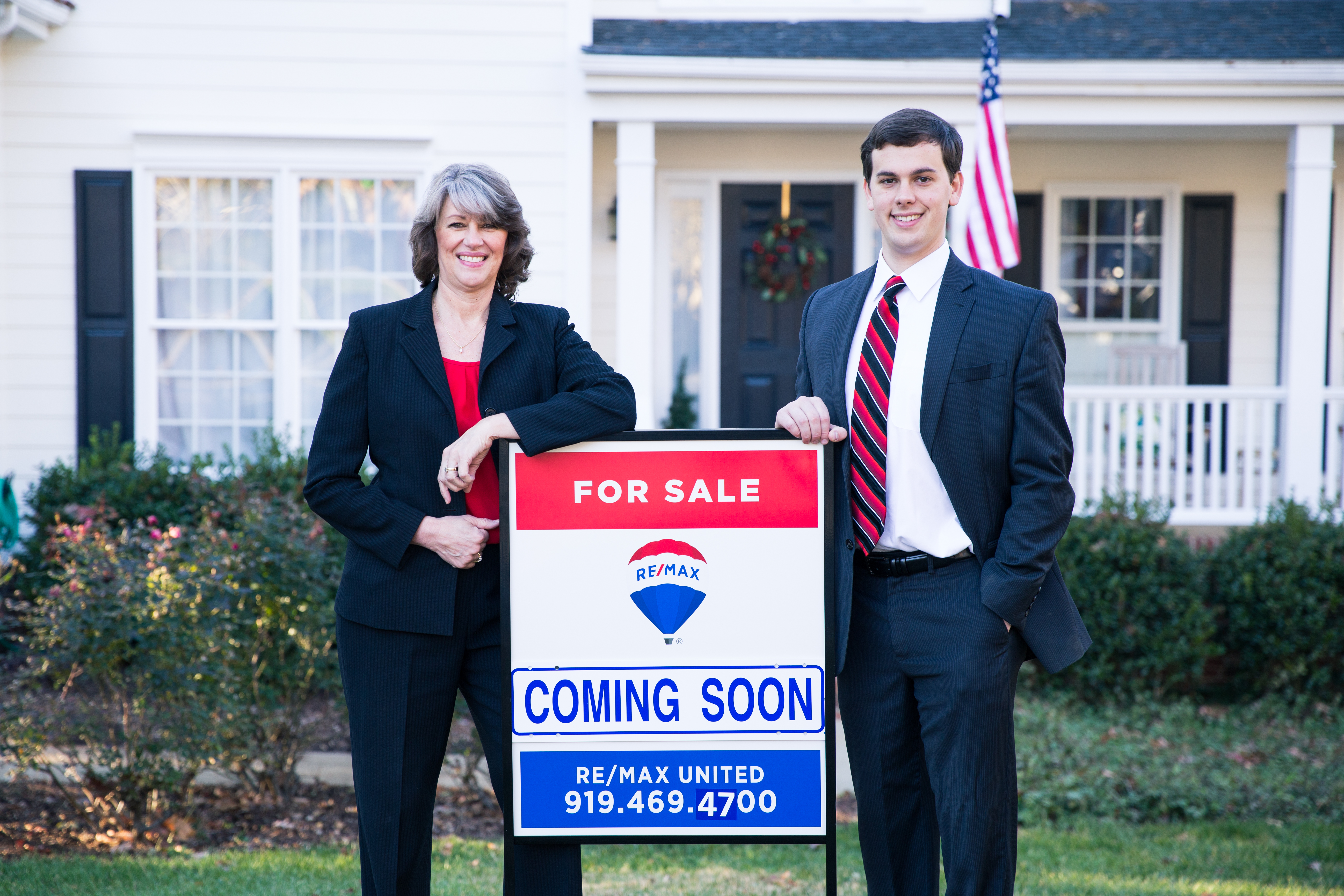 ET Real Estate Pros - Kathy and Adam Evans